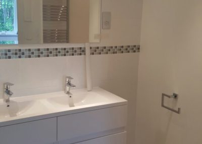 Complete new ensuite new tiles, flooring, fittings and custom made cupboards